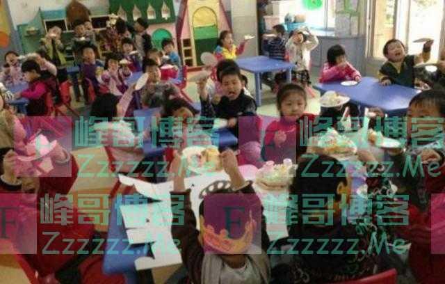 因为没交100元,幼儿园老师不给孩子发生日礼物,家长:这是羞辱