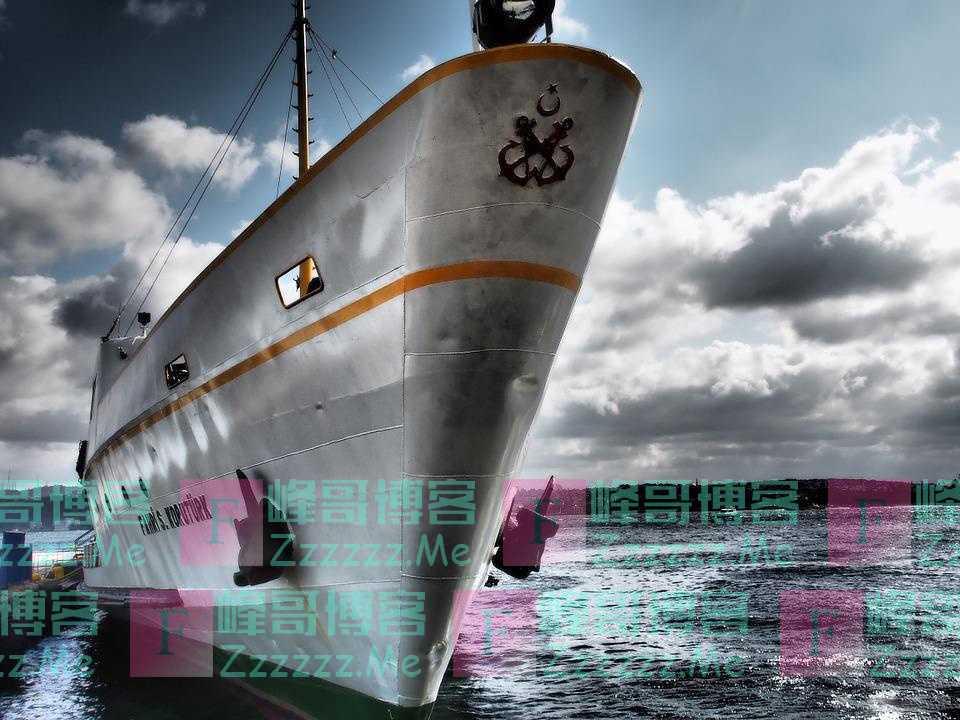 轮船螺旋桨转动时为何不会进水,它是如何密封的?
