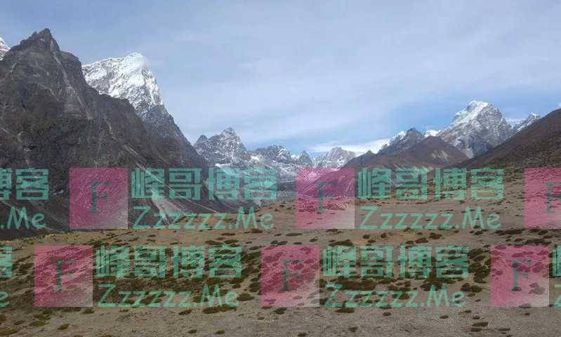 珠峰竟长野草了!科学家:恐加速冰川融化,或影响14亿人用水!