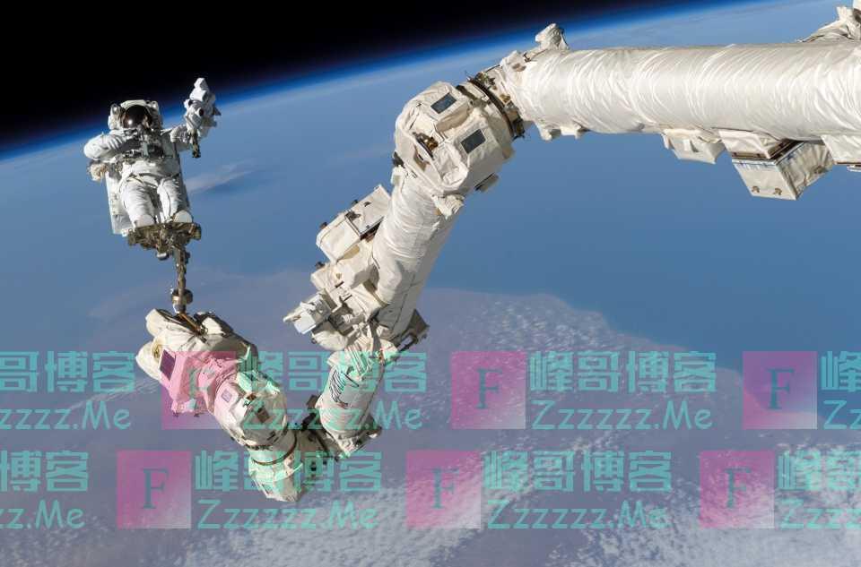 中国首次对外公开太空新型武器,可抓取敌方卫星,让世界刮目相看
