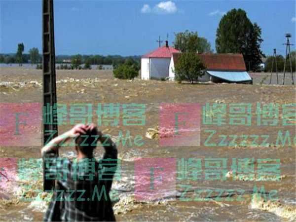 70年最大灾难降临! 联合国向全球发出警告, 青藏高原成最后防线