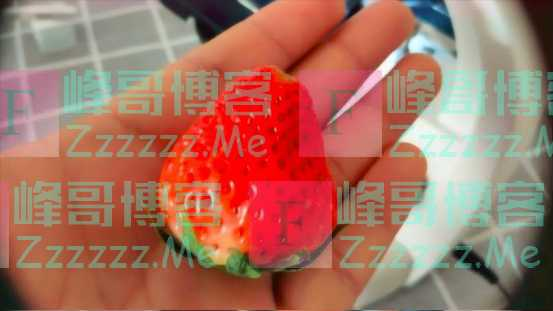 吃一颗草莓就是吞上百万只虫子?显微镜放大200倍后,再也不敢吃了