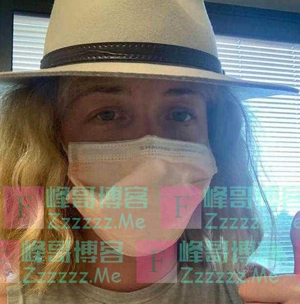 国外新冠患者回忆患病经历:头痛发烧,吃不下饭,全身毛孔张开