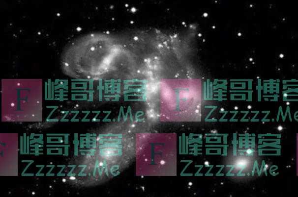"""""""宇宙神级文明""""交战,星系瞬间破碎,哈勃望远镜拍下星系大战"""