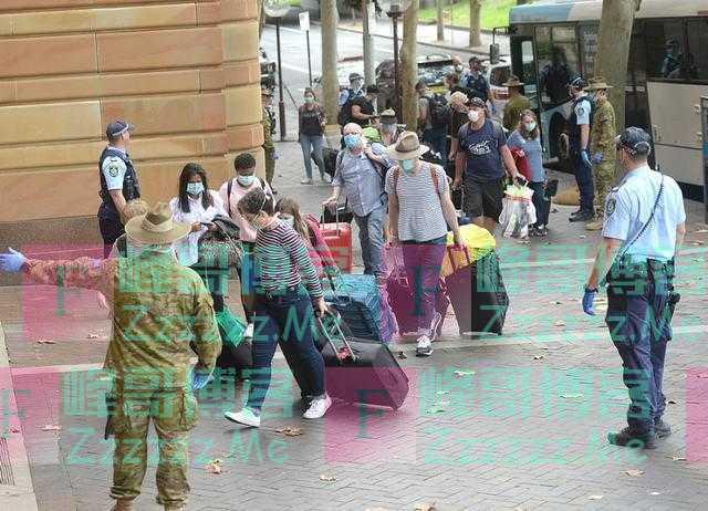 澳洲人回国被隔离在千元一晚五星酒店包一日三餐,却抱怨像在地狱