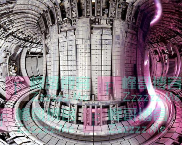 """中国核融合反应器""""人造太阳"""",2020年启用,突破2亿度高温"""