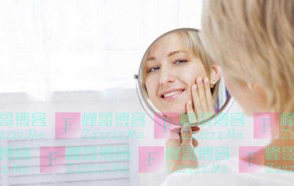 镜子里的人真的是你吗?心理学表明:你比镜中的自己至少丑30%