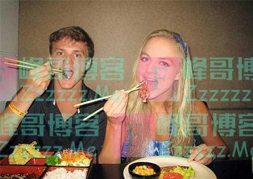 """美国夫妇发现筷子""""弊端"""",对其进行改良后,获得老外一致赞同"""