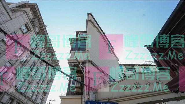 """中国最扁的房子,墙身只有20厘米,住户用""""生命""""晾衣服"""