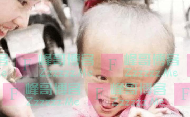 湖南多名婴儿喝假奶粉成大头娃娃引起关注,商家为什么这么做?