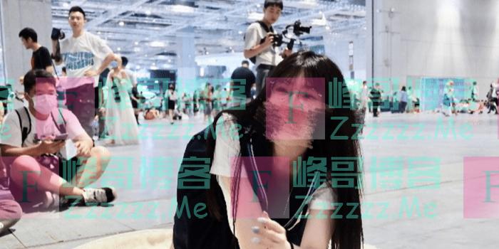 上海漫展JK妹被网暴,卑微在线道歉,我们更应该批评那些拍裙底的人