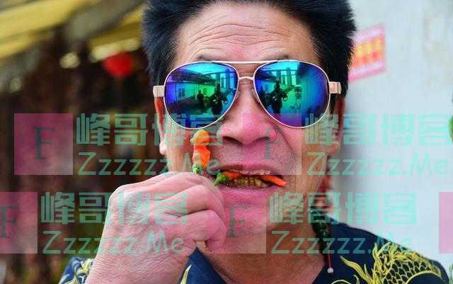 """""""中国辣王""""李永志,年近60岁狂吃辣椒,拿命来赚钱,现状如何?"""