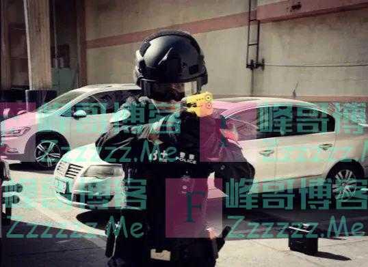 国产非致命新防暴利器!一线警察执法使用更安全