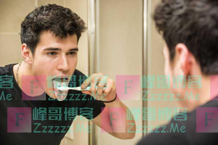 刷牙的时候刷几下舌头,对身体健康是好还是坏?一次性告诉你