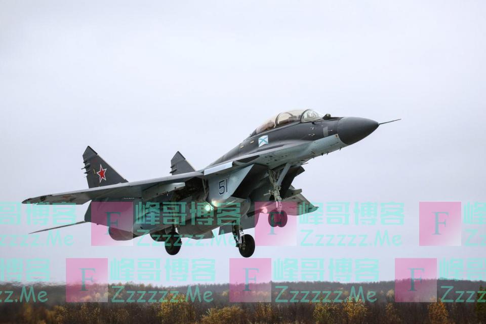 阿塞拜疆公然袭击俄军的机场,是在向普京宣战吗?