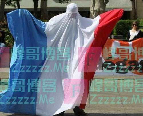 """""""伊斯兰在向我们宣战""""只有被唾弃的极右翼,才能拯救圣母法国吗"""
