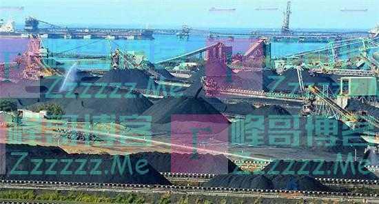 """滞留7个月后,澳洲""""最惨那艘运煤船""""终于走了,还有55艘在徘徊"""