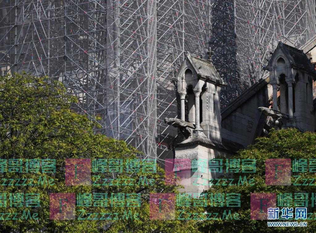 马克龙重申巴黎圣母院将于2024年重新开放