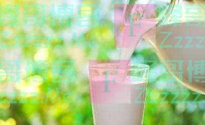 睡前喝牛奶能助眠?细数喝牛奶常见的5个误区