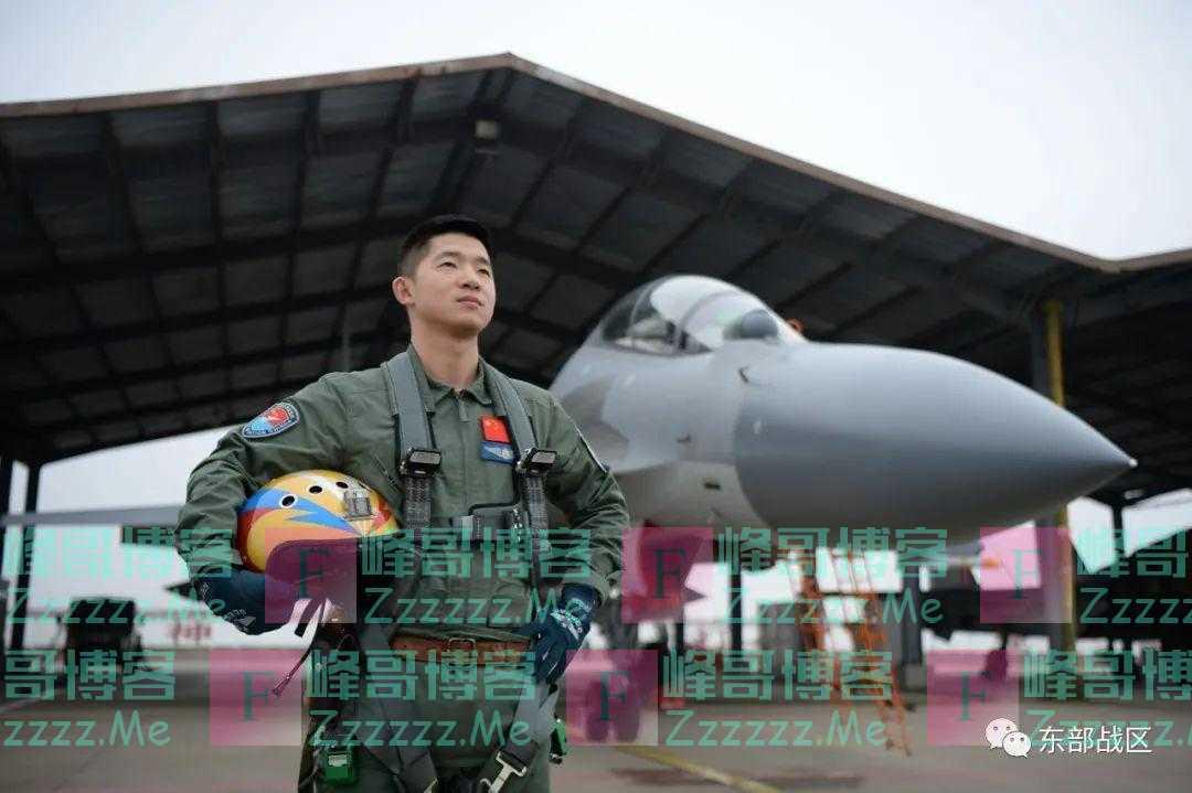 太甜了!战机飞行员与航空工程师一见钟情