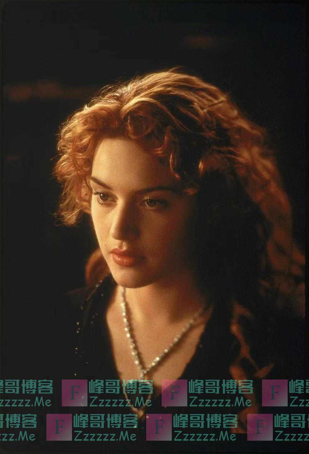 素描丨中年凯特·温斯莱特,演了一个最接近自己的角色
