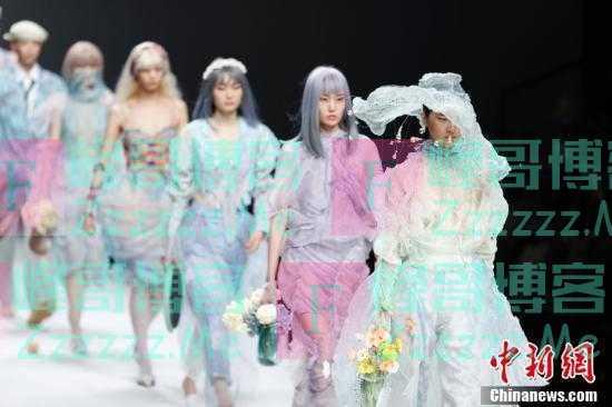 中国国际大学生时装周学生作品精彩亮相