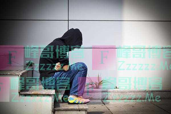 24.6%的青少年患有抑郁,是什么夺走了他们的快乐?