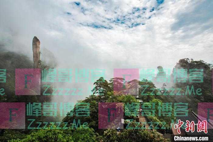 雨后江西三清山现壮美云海景观 云缠雾绕充满仙韵