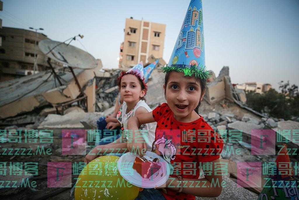 废墟上的欢笑:加沙儿童在战后庆祝生日