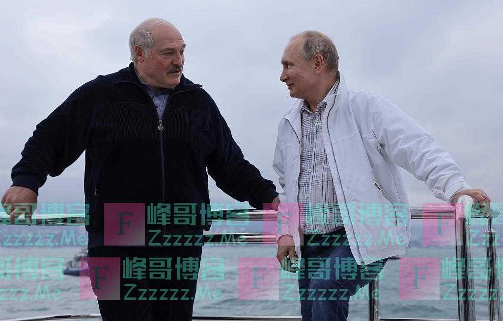 俄总统普京与白俄总统卢卡申科举行会谈