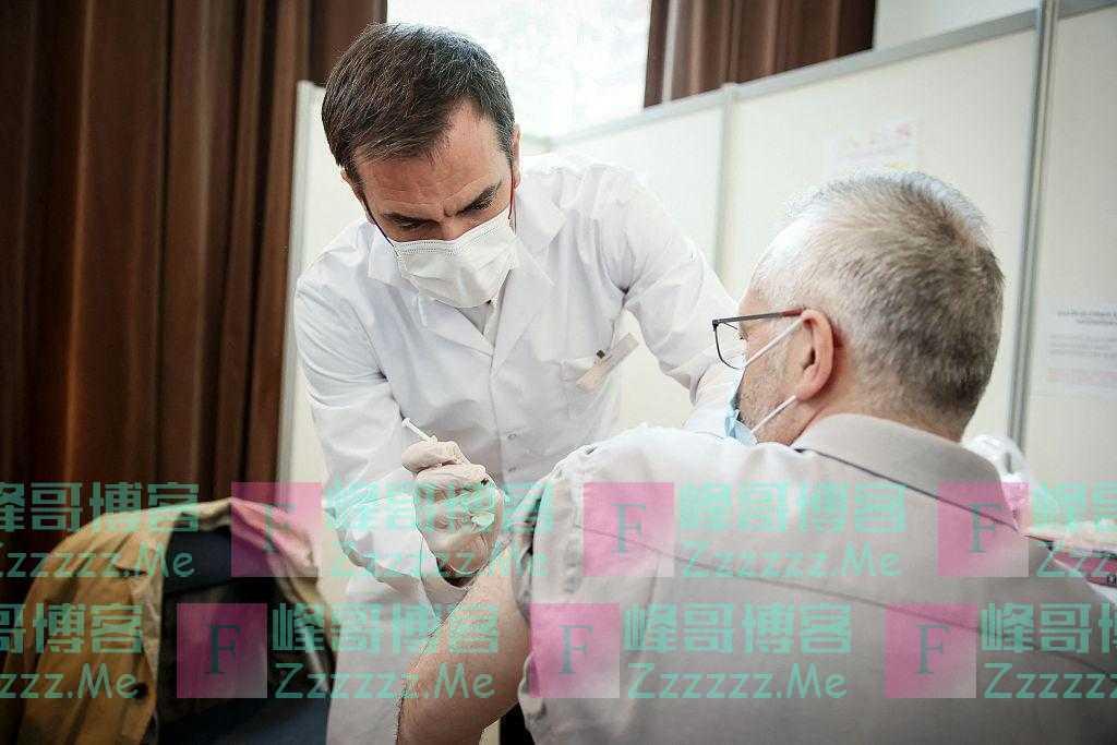法国今起正式向所有成年人开放新冠疫苗接种