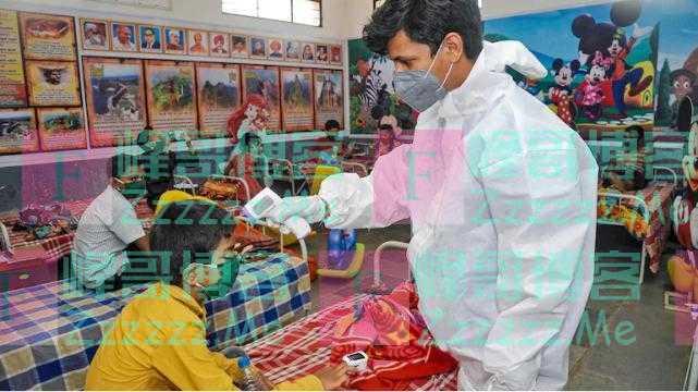 印度一地区单月有近1万名儿童新冠阳性,当地官员:不用惊慌