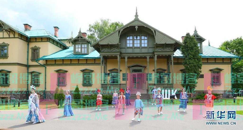 白俄罗斯举办儿童服装设计展