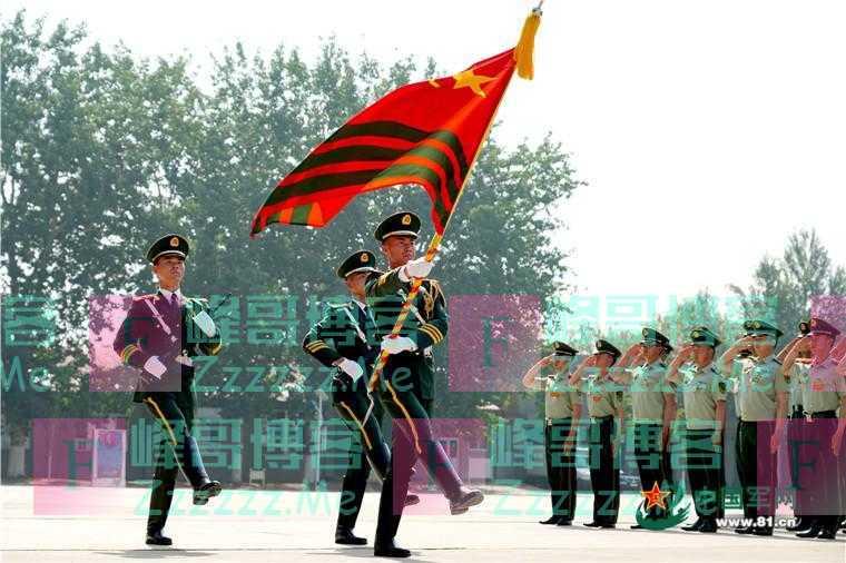 授衔!他们在这场仪式中迈出军旅生涯第一步