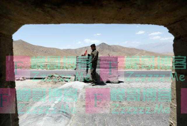 溃不成军?塔利班从政府军逃兵手中夺取阿富汗北部大片地区
