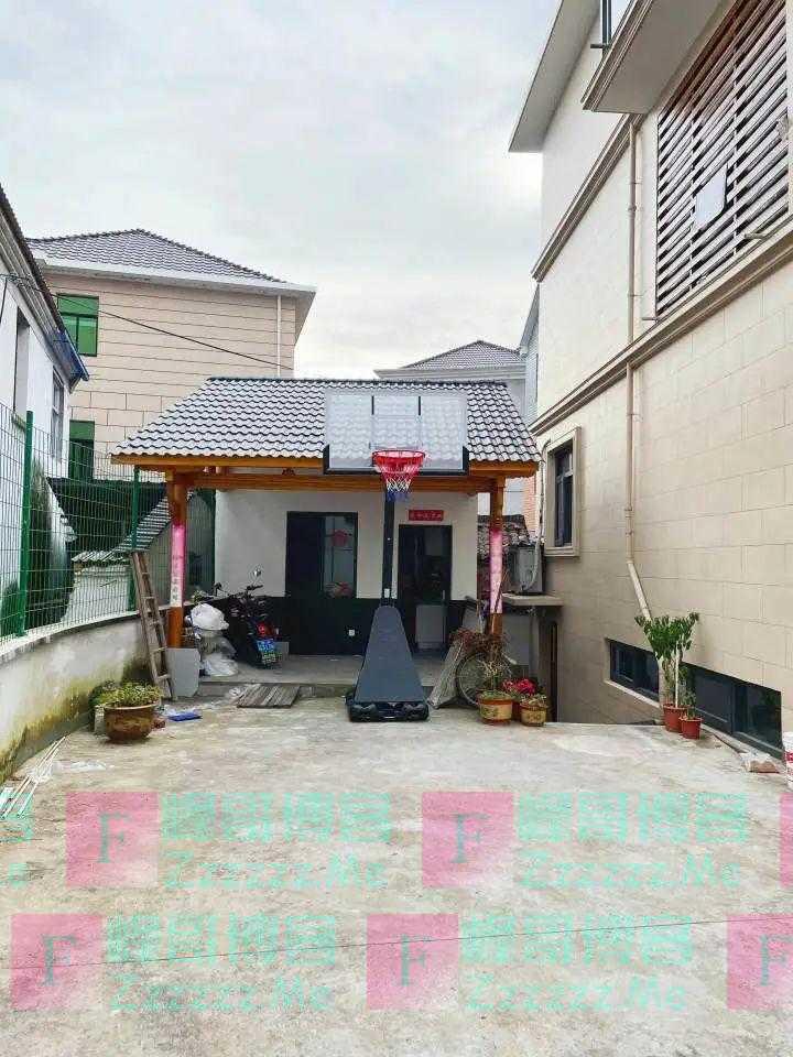 火了!杭州老爸把自家院子改造成这样,网友羡慕:实现了儿时的梦想