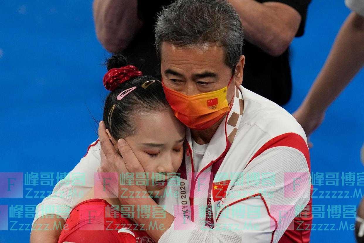 """当范忆琳跌落高低杠,我们为这个""""巨能练""""的姑娘落泪惋惜"""