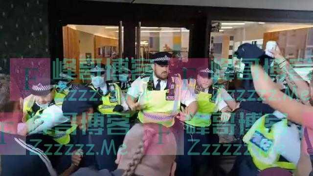 BBC演播室被冲击了!