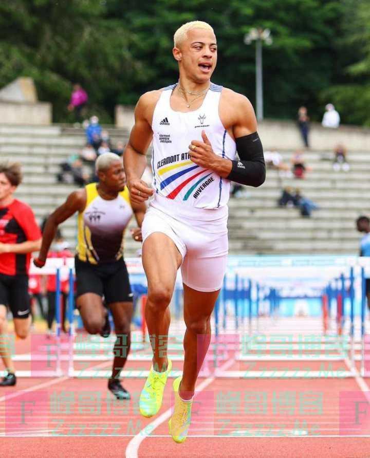 12秒72!19岁法国跨栏小将打破世界青年纪录,他的教练曾战胜过刘翔