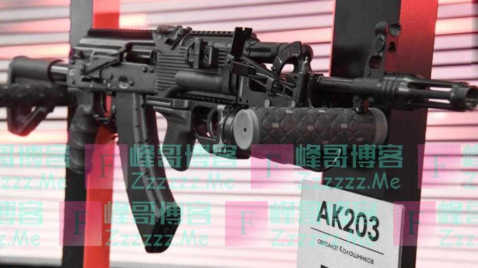印度陆军紧急进口70000支AK-203突击步枪,半年内交付