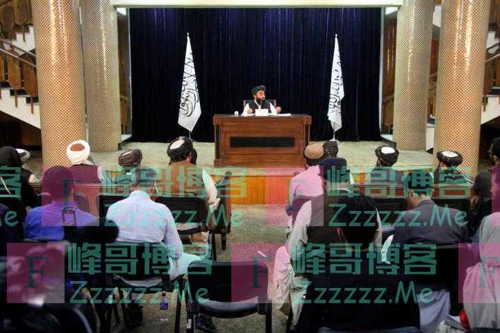 """阿塔最高领导人阿洪扎达以""""埃米尔""""名义发表声明"""