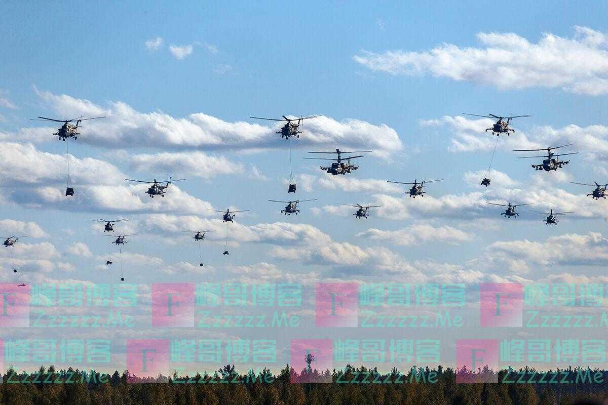 """高达70架!""""西方2021""""战略演习进行大规模直升机群空地突击"""