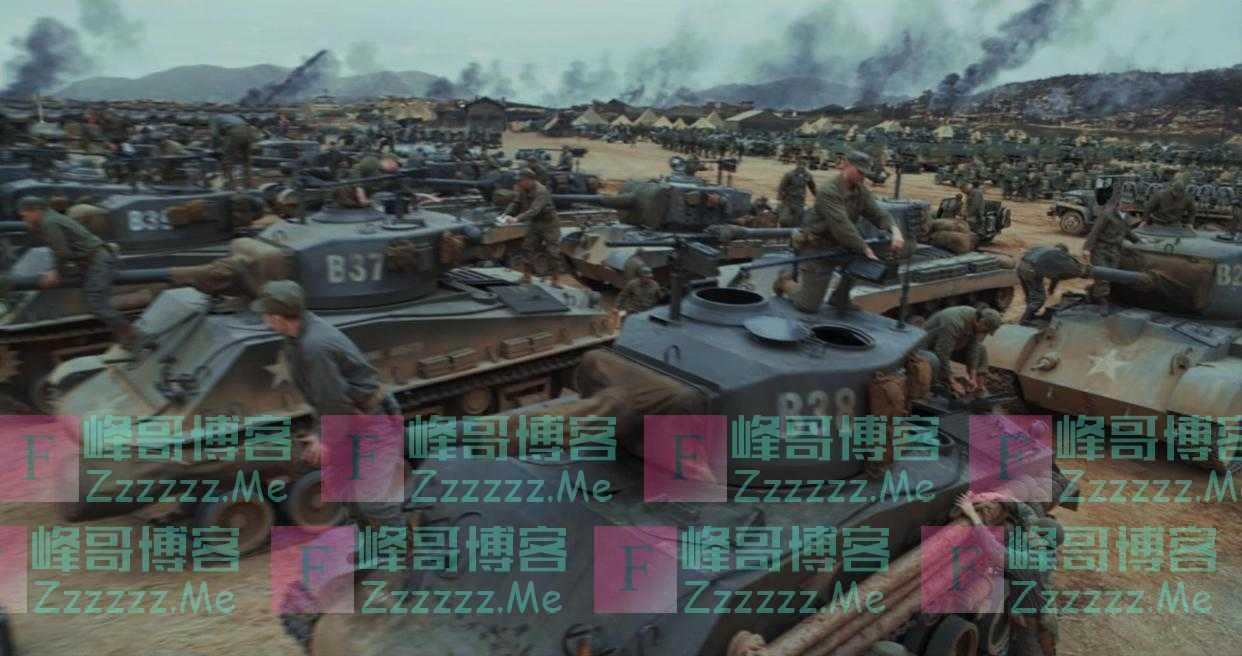《长津湖》里部分坦克是拖拉机改装,下坡撞房戏是真拍丨揭秘